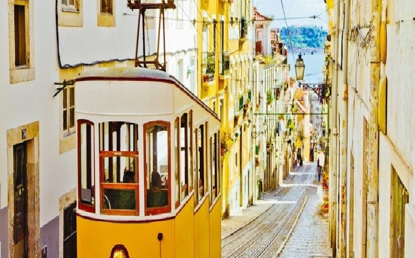 5-DAY HOLIDAY IN LISBON