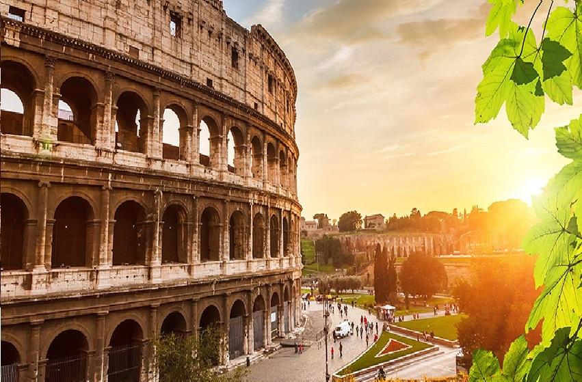 SUMMER WEEKEND IN ROME