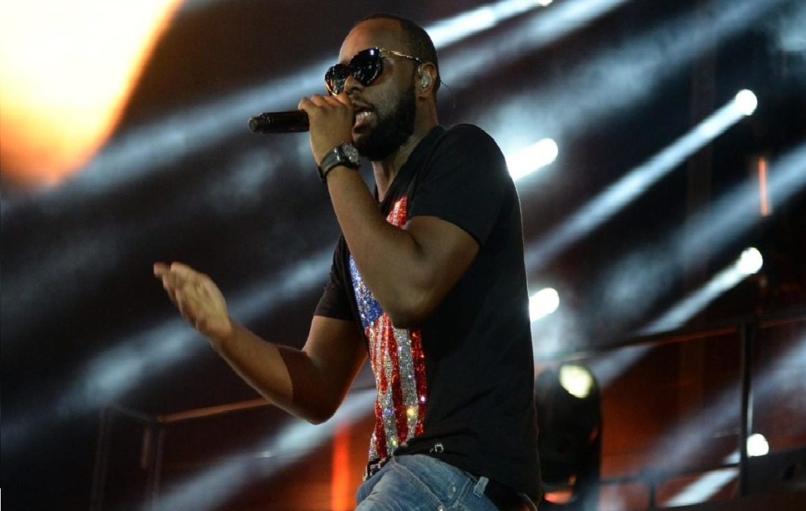 MAÎTRE GIMS IN PARIS