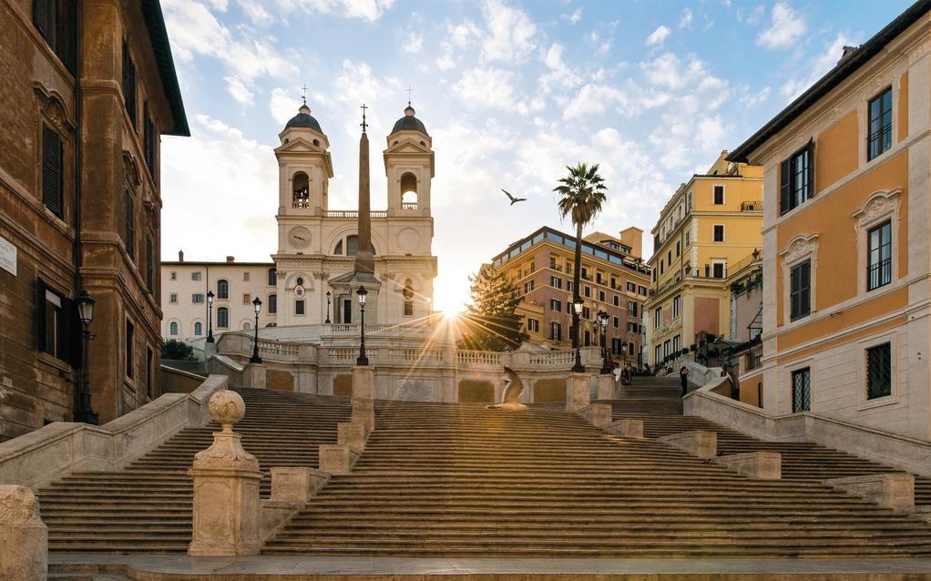 ROME IN FULL SEASON